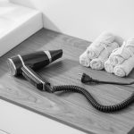 Découvrez notre gamme de sèche-cheveux pour hôtellerie